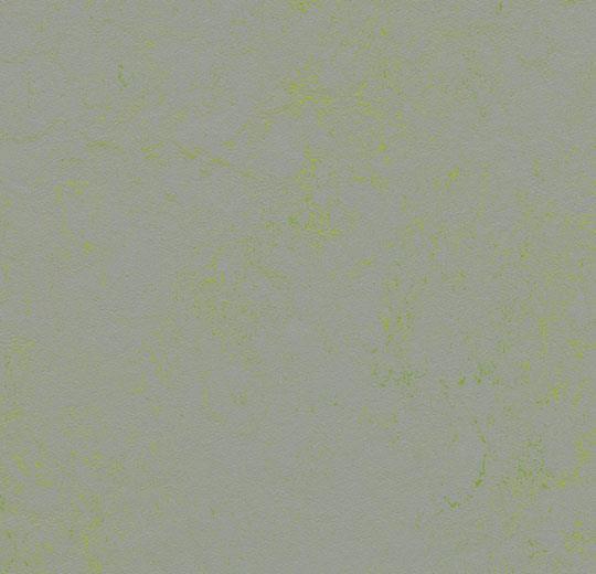Marmoleum Concrete green shimmer